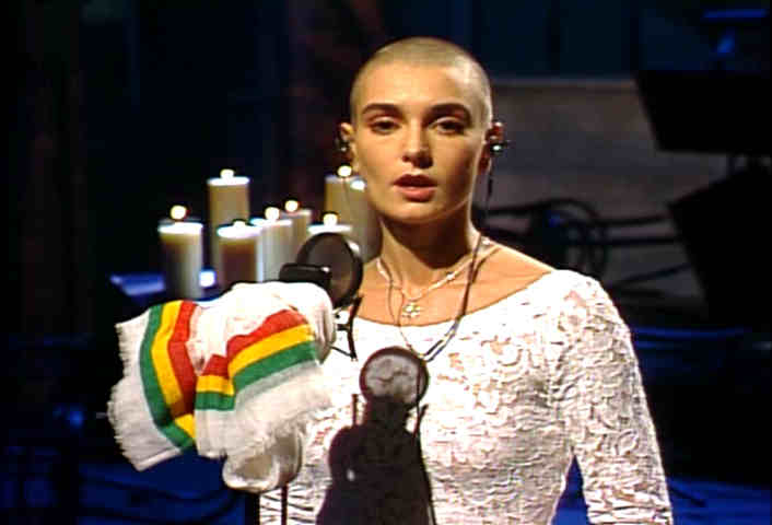 saturday_night_live10-3-1992sinead_occonor-war-pope05